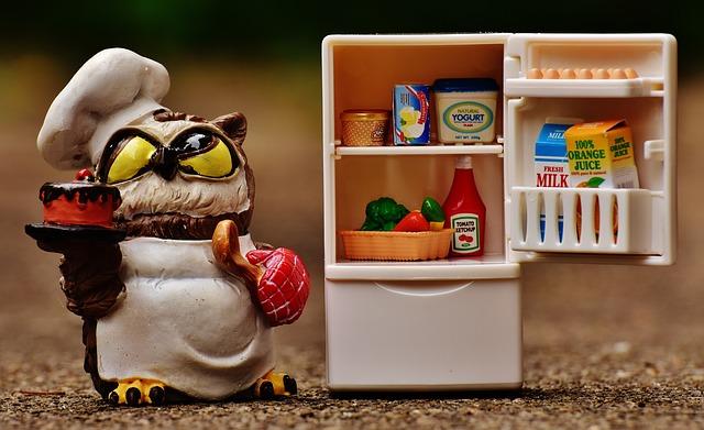 Comment vider son frigo avant de le remplir d'aliments sains ?