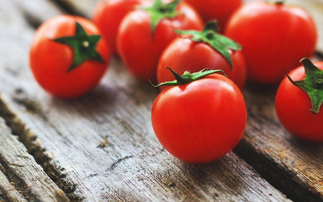 Les tomates ne se conservent pas au frigo ! Et 14 autres aliments qui ne se gardent pas au réfrigérateur